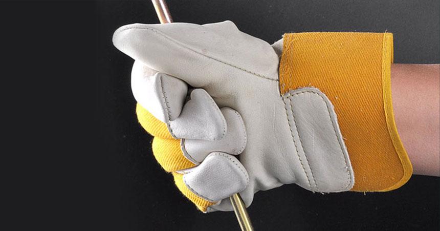 انواع دستکش ایمنی کار مهندس مارت