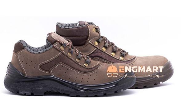 کفش ایمنی ارک مدل ریما نبوک کد 404 محصولی بسیار با کیفیت از شرکت تولیدی کفش ارک تبریز می باشد.