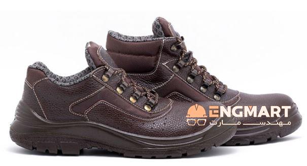 کفش ایمنی ارک مدل ریما چرمی کد 402 محصولی بسیار با کیفیت از شرکت تولیدی کفش ارک تبریز می باشد.